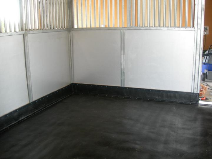 Horse Stall Mats And Matting For Barn Floors